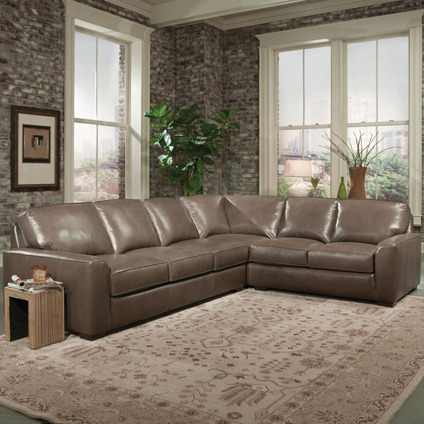8141 Sectional - Leather